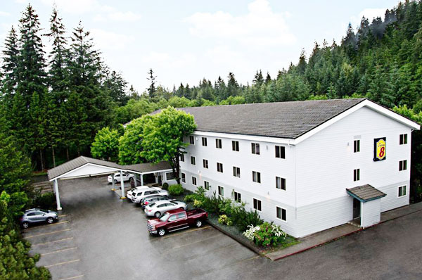 Hotel Refinance